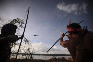 indios helicoptero
